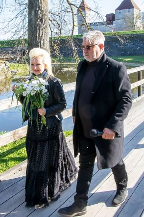 Kuressaare 455 sünnipäevapidustused, purskkaevu avamine, turismihooaja avamine, Marju Länik