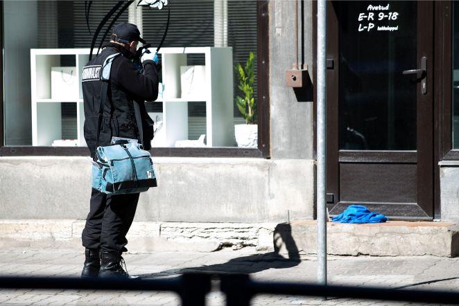 e74361aa866 FOTOD SÜNDMUSKOHALT   Tallinna kesklinnas toimus tulistamine, on üks  vigastatu