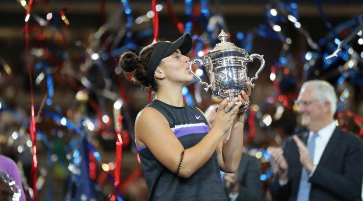 FOTOD   Serena Williamsi alistanud 19-aastane Andreescu võitis karjääri esimese suure slämmi tiitli