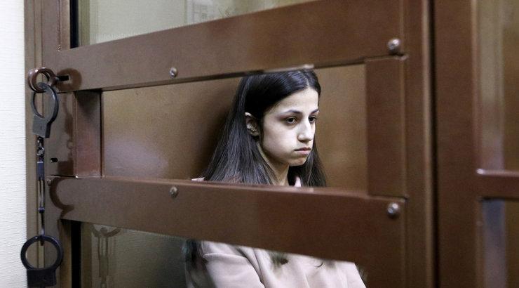 Сестер Хачатурян могут освободить от ответственности за убийство отца