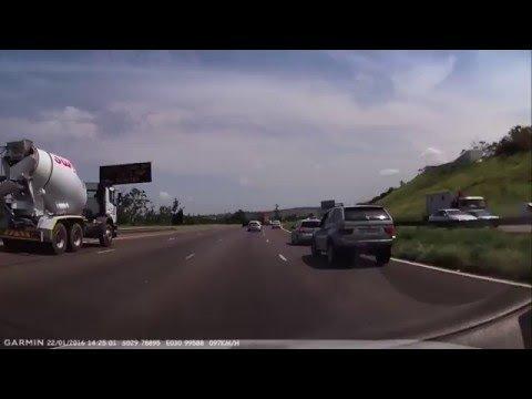 VIDEO | Ülbe sõidukijuht saab kohest karmat tunda