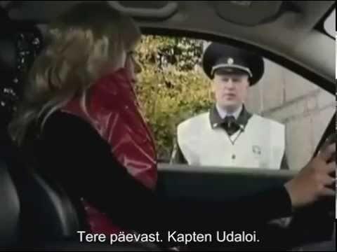 VIDEO | Nalja rohkem kui rubla eest! Vaata, mis juhtub, kui politseinik peatab liikluseeskirju rikkunud blondiini