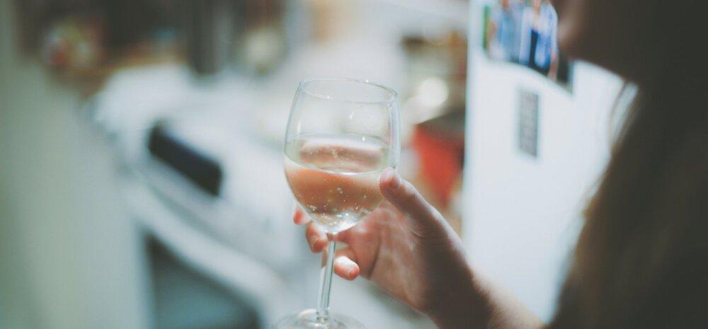 Hoiatav kogemus: minu joogi sisse pandi uimastit! Mida ma oleks saanud enda kaitseks teha?