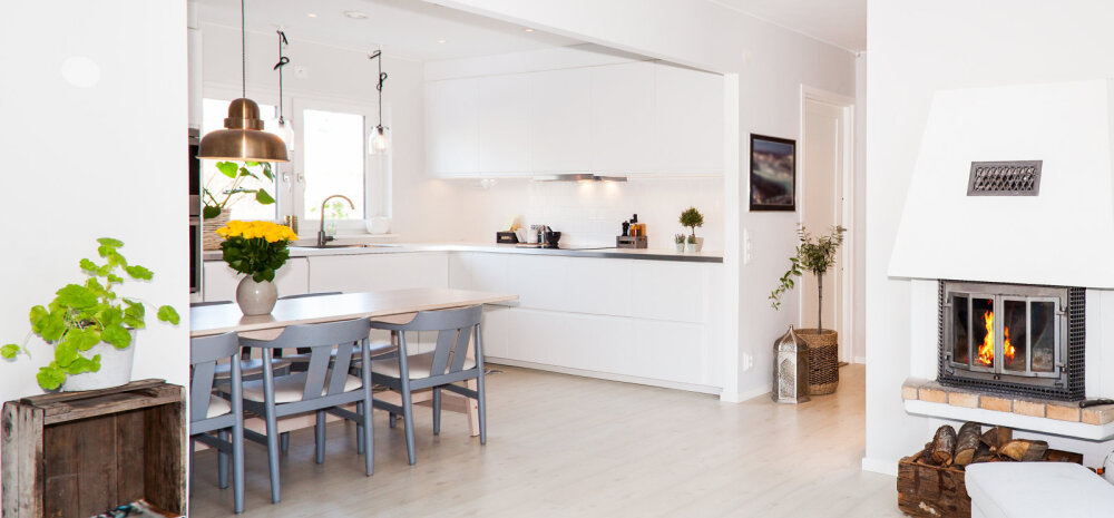 ФОТО │ Безупречный выбор: белый фартук на кухне