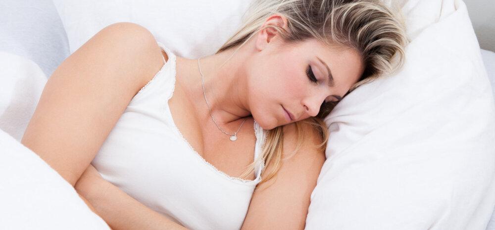 """Menstruatsioon """"ründab""""? Seitse nõksu, kuidas leevendada päevade ajal valu ja tujutsemist"""