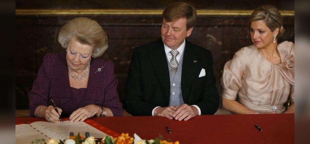 FOTOD: Hollandi kuninganna Beatrix kirjutas troonist loobumise aktile alla