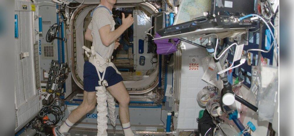 Astronaut teeb jooksutrenni