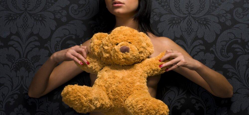 Kättemaksuporno: nõuanded, mille abil end kibestunud ekskallima eest kaitsta