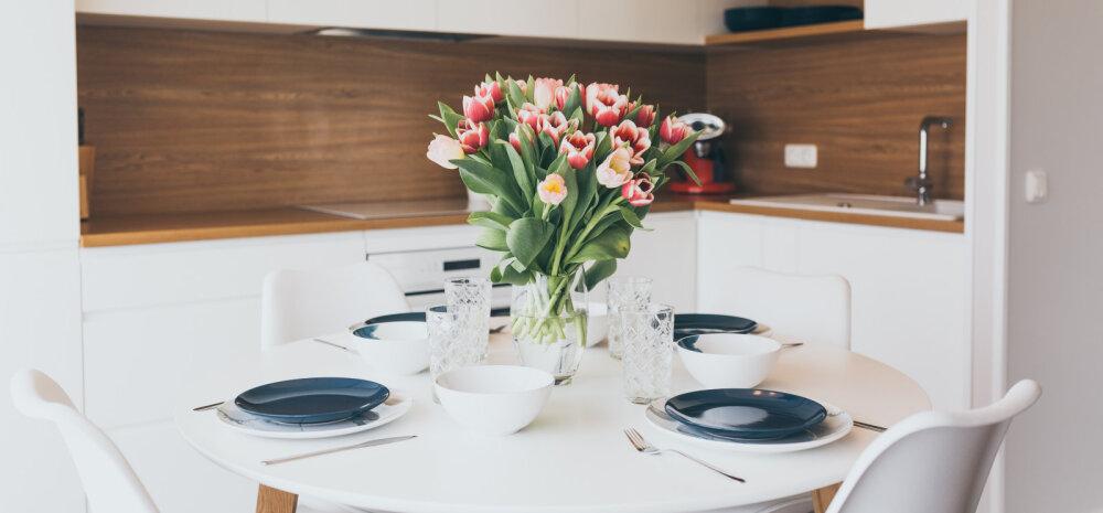 """""""НАШ ДОМ 2018"""" │ Кухня под Пярну: сочетание белого с деревом"""