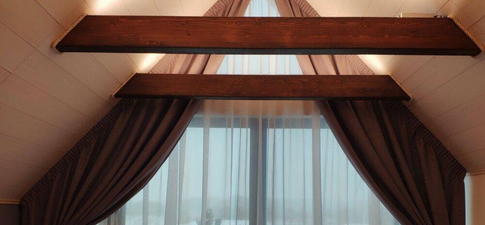15-aastase kogemusega aknakatete tootja: seda, kas kardin ülejäänud ruumiga kokku sobib, vaata viimasena