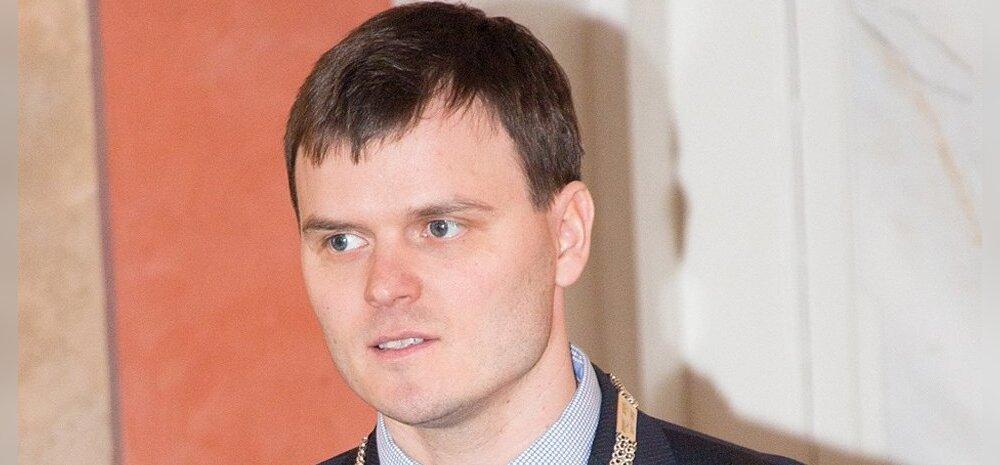 Kuressaare linnapeaks valiti 34 aastane endine kümnevõistleja Madis Kallas
