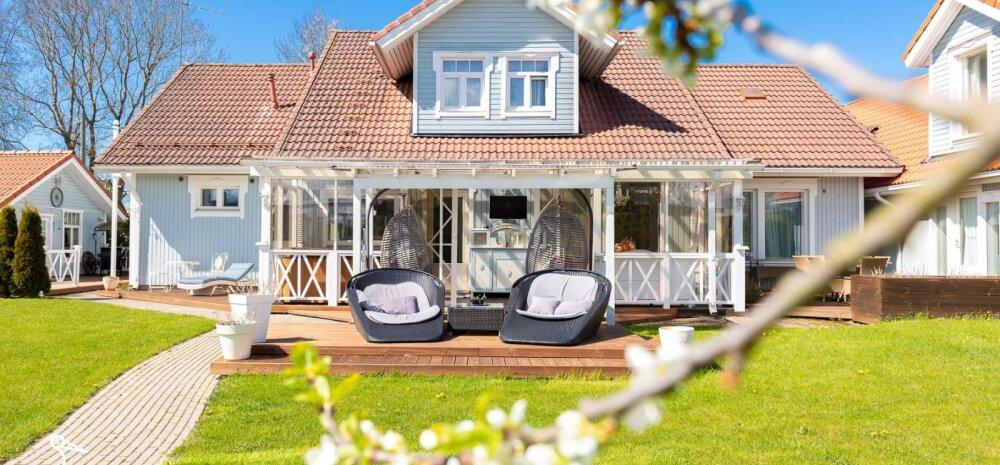 ФОТО | Дом мечты на окраине Таллинна с 10 комнатами, 4 террасами, 2 верандами и летней кухней