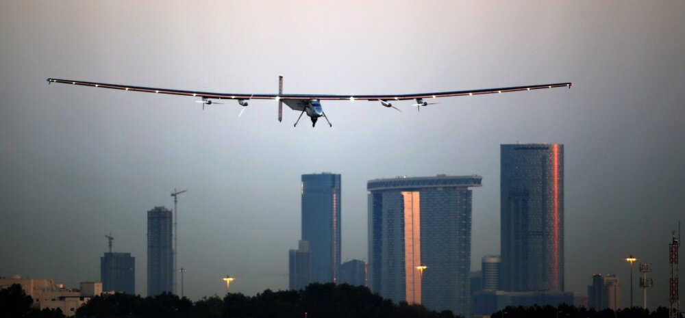 Ümbermaailmalennuk Solar Impulse 2: laiem kui Boeing, kergem kui mõni auto