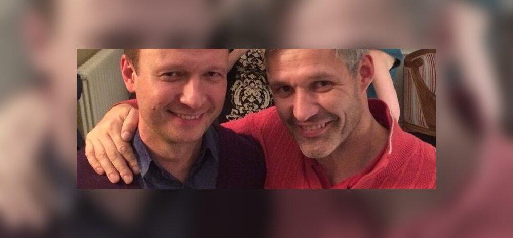 FOTO: Tõeline jõuluime: seni avalikult tuline homofoob Erki Nool seljatas meeltesegaduse ja klõpsas foto Marko Reikopiga!
