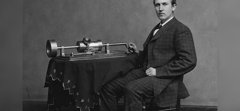 Thomas Alva Edison oma fonograafiga. Foto: Levin C. Handy