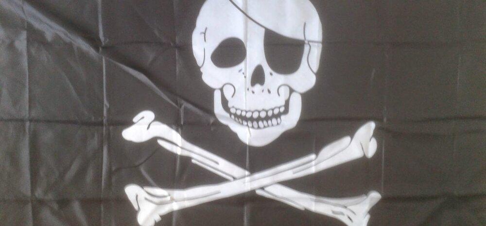 Surnupealuu ja kondid: Ühe suurriigi laevastik heiskab neid lippe, aga mitte piraatide auks