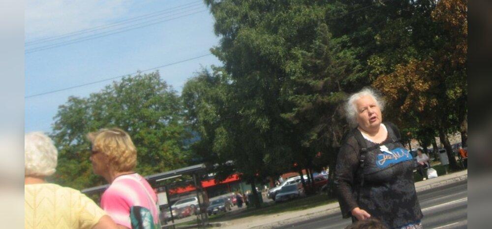 FOTO: Usukuulutaja häiris Pärnus bussi ootavaid inimesi