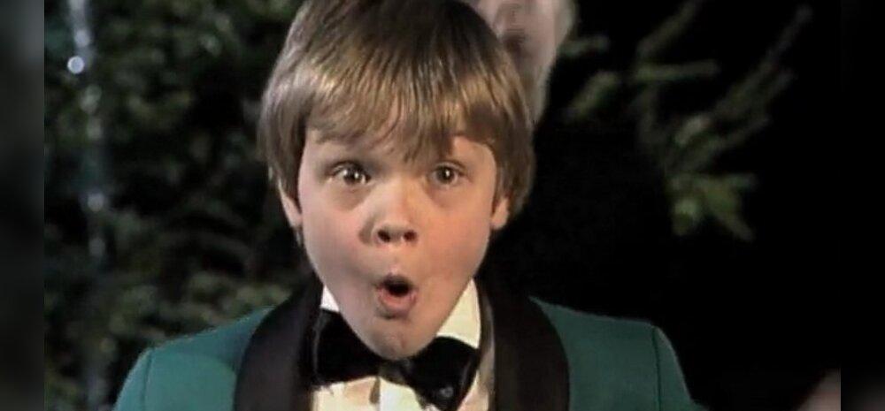 """Isegi Ott Lepland on tantsutüdrukutega laval rokkinud! Vaata väikese Oti kunagist jõuluhitti """"Päkapikumees"""""""