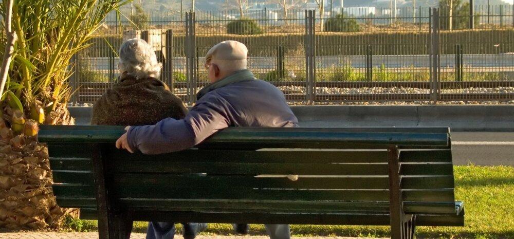 Naine arutleb: kas tragil memmel on parem vanadekodus või noorte sugulaste juures?