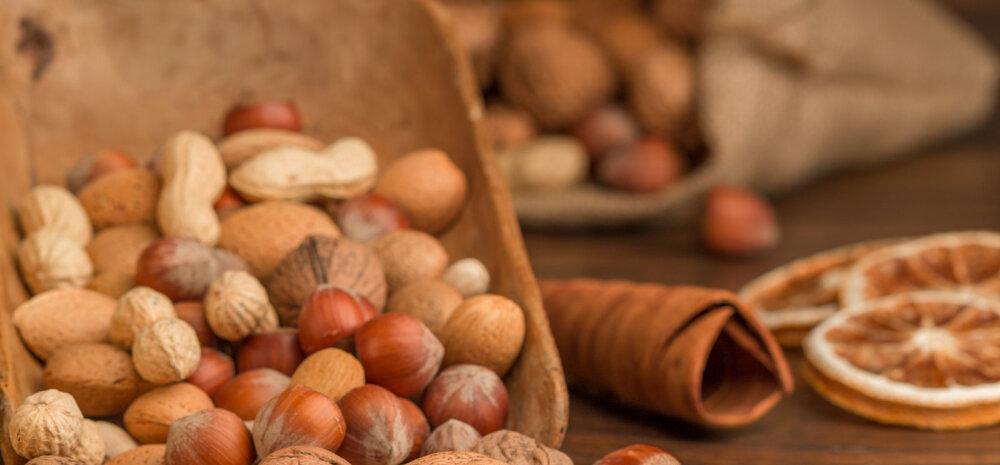RETSEPT: Üllata lähedasi! Valmista neile pehme kook pähklite ja rosinatega