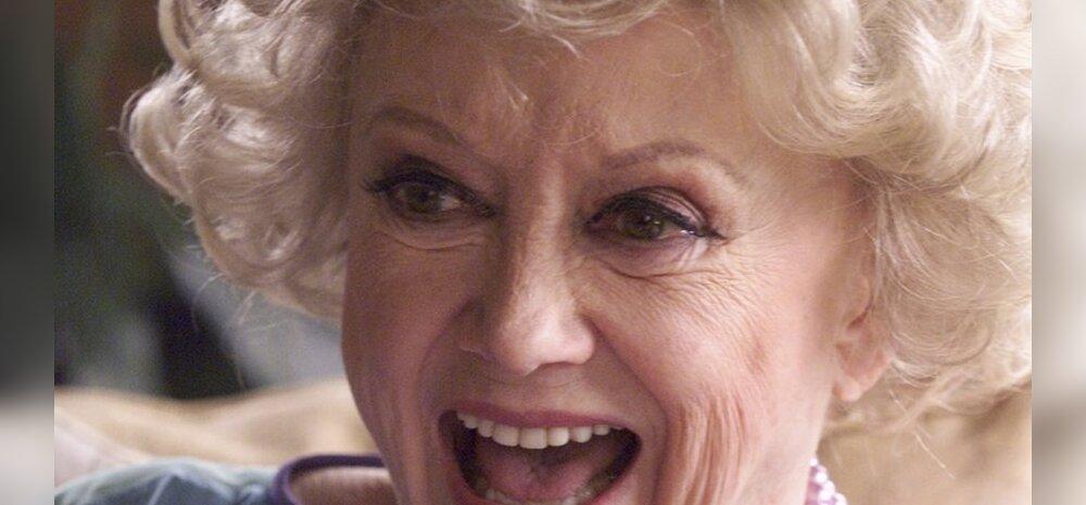 Suri eakas naiskoomik Phyllis Diller