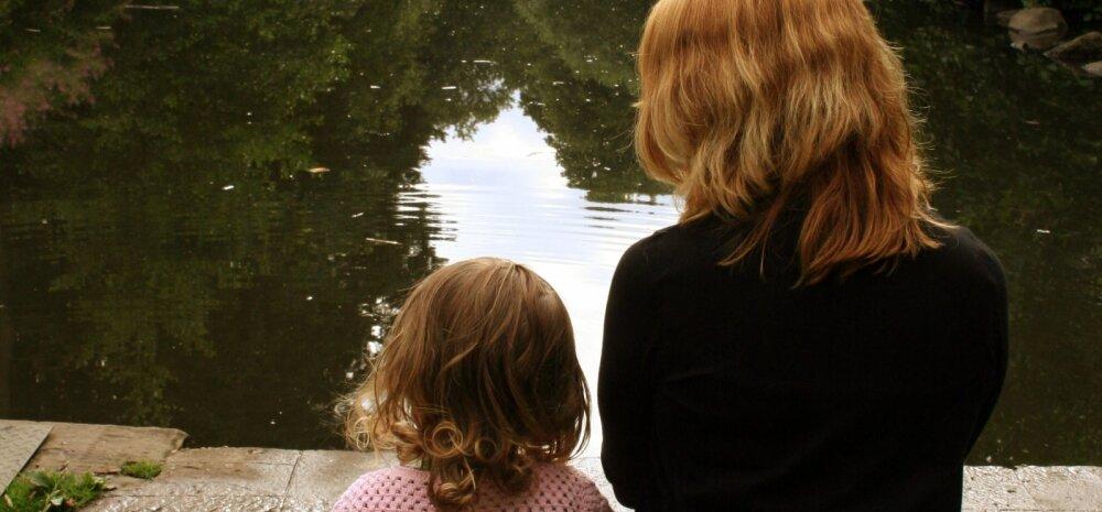 Südamlik GALERII: Sõbranna adopteeris ajuvähki surnud üksikema lapsed