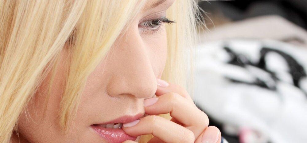 Tütarlapsest sirgub naine: nipid, mille abil küünte närimisest lahti saada