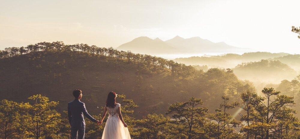 Naisteka pulmablogi: kas korraldada oma abielutseremoonia ja pulmapidu Eestis või soojal maal, kus paistab alati päike?