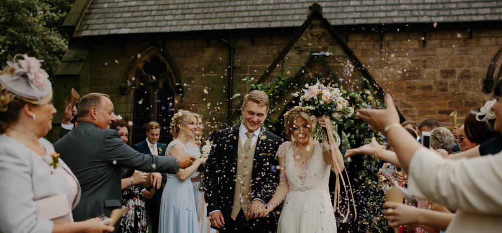 11 nõuannet, kuidas nautida vallalisena pulmapidusid
