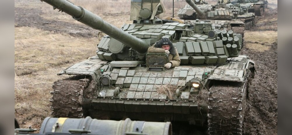 Т-72Б на учениях по обороне побережья Балтийского моря. 3 февраля 2014.