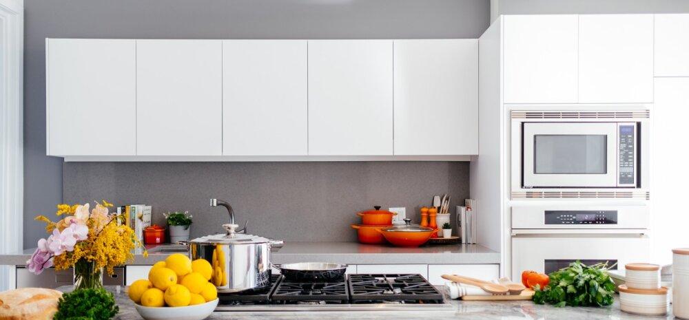 Graniidist ja kvartsist köögitööpindade võrdlus