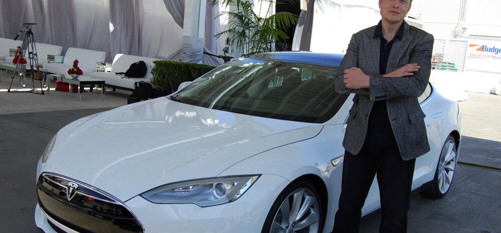 Elon Muski aasta on alanud pööraselt. Kui palju ta ühe tunniga teenib?