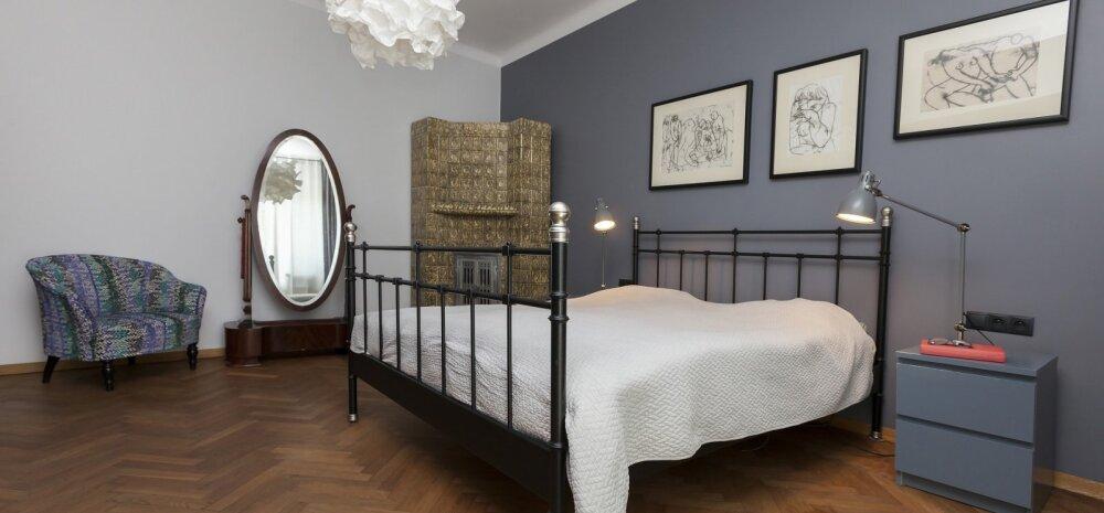 Кровать напротив зеркала, сухие цветы в спальне и еще 3 способа испортить энергетику дома