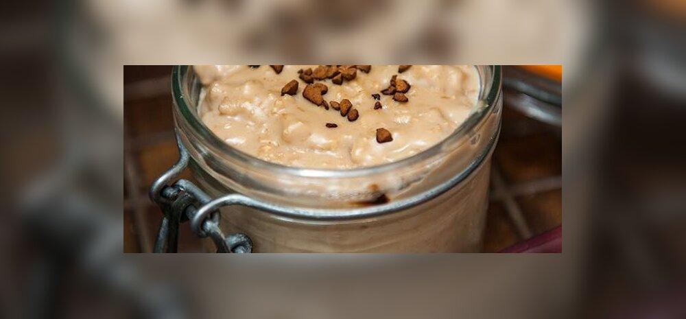 RETSEPT | Täna on <em>cappuccino</em>-päev! Midagi kohviarmastajatele — <em>cappuccino</em> kaerahelbepuder