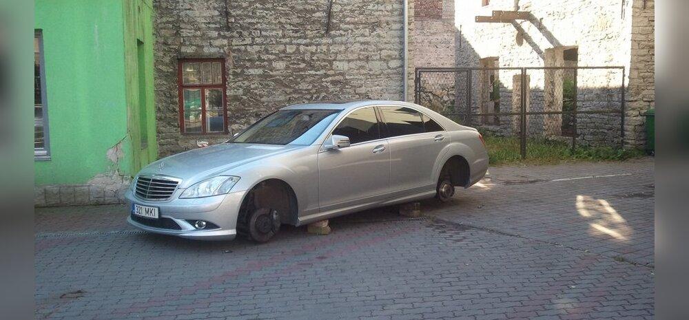 Velgedest ilma jäänud Mercedes-Benz