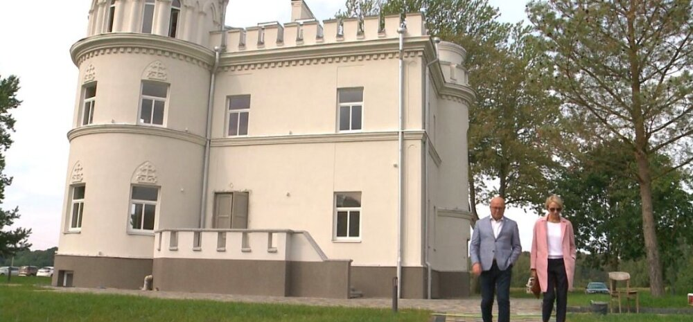 ФОТО: Мэр Каунаса показал свой новый роскошный дом из 13 комнат, в котором раньше жили монахини