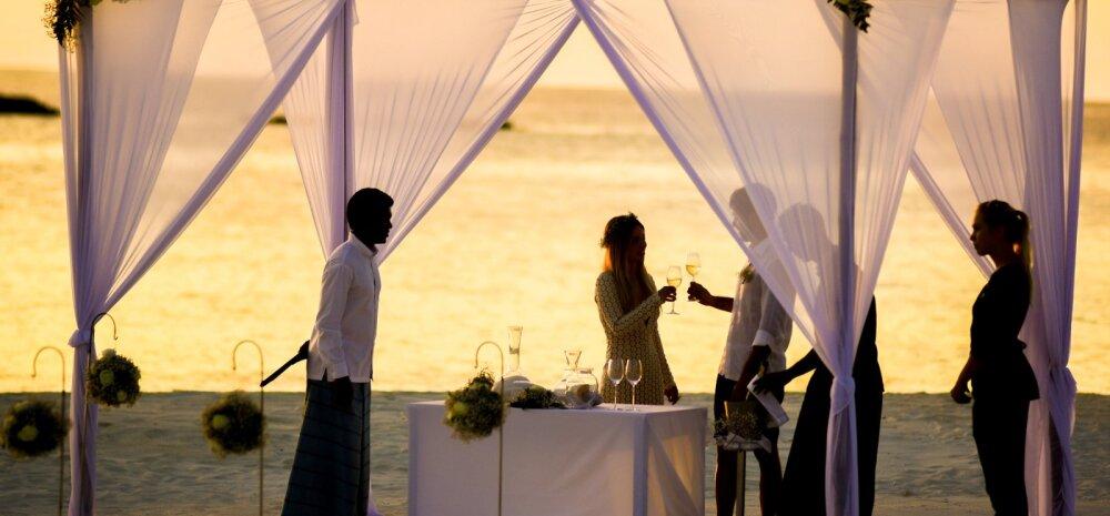 Kuidas pulmakülalistele viisakalt märku anda, et lapsed ei ole pulmapeole oodatud?