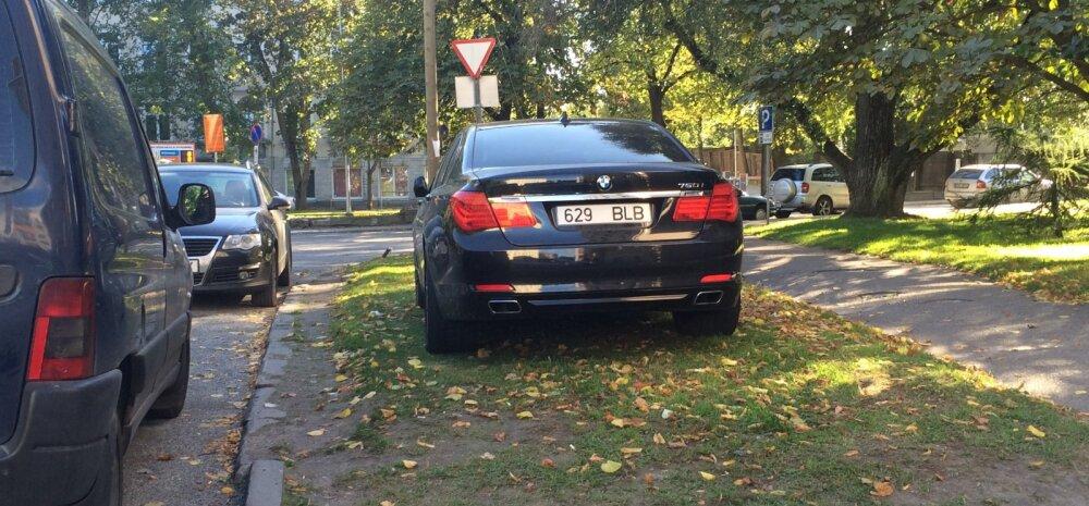 FOTO: Parkimisgeenius leidis oma bemmile vaba koha