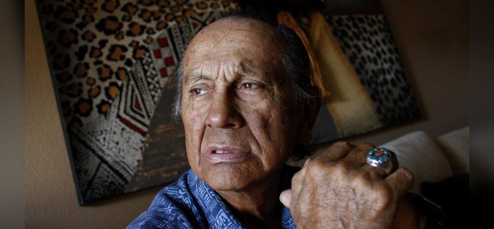 Suri tõenäoliselt kuulsaim indiaanlane, Chingachgookina tuntud näitleja Russell Means