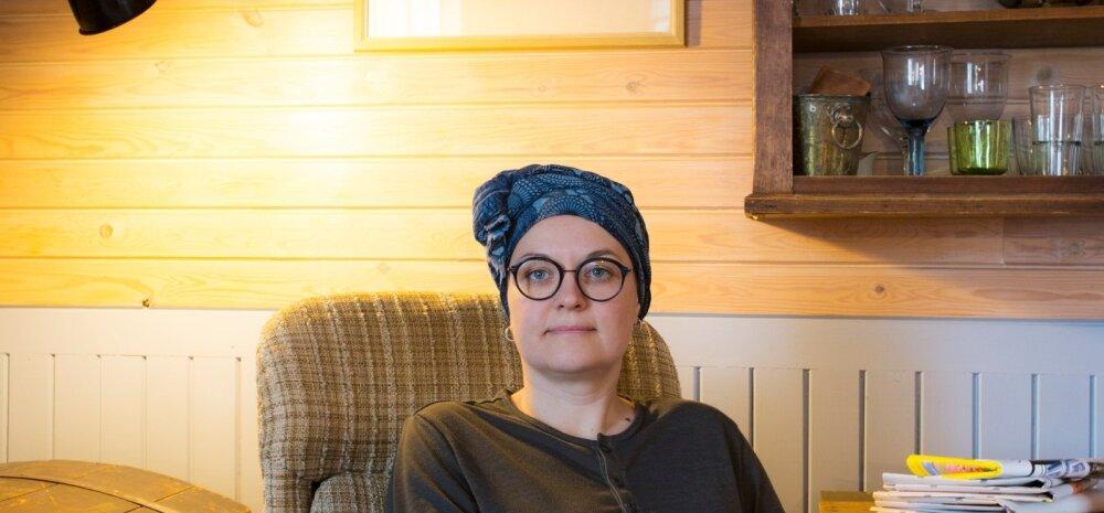 Kodu on kunstnik Kati Vaasi jaoks pidevalt muutuv ruum, kus asju ümber tõsta, välja vahetada ja üldist meeleolu värskendada.