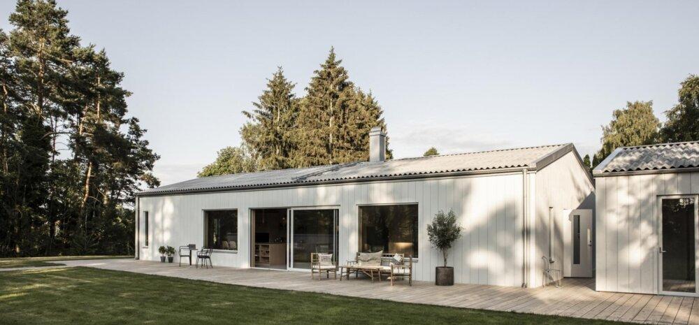 FOTOD | Mõnusa terrassiga moodne eramu võlub nii seest kui ka väljast