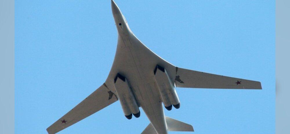 Venemaa moderniseeritud strateegiline pommitaja Tu-160 tegi esimese lennu