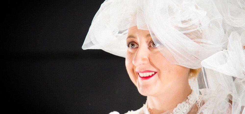 Актриса Русского театра Анна Маркова: как сыграть девять женщин в одном спектакле