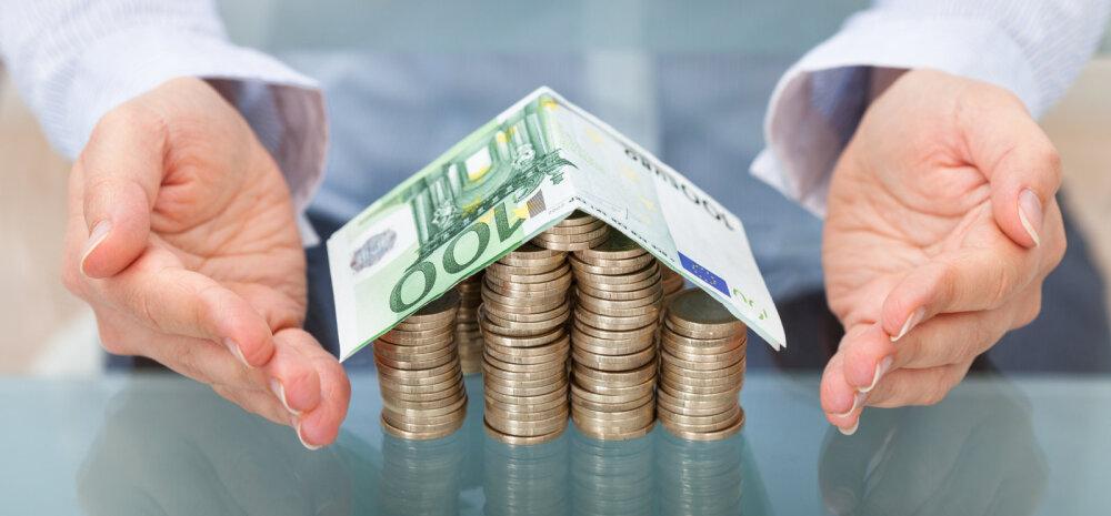 Только через банк: в Латвии вступил в силу запрет на наличные расчеты при сделках с недвижимостью