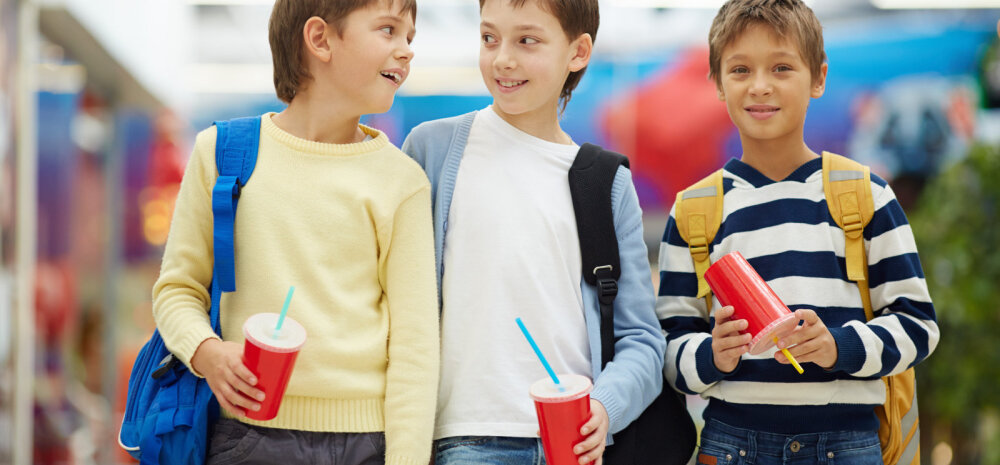 Noor õpetajanna: suhkrumaks ülekaalulisi lapsi limonaadist loobuma ei pane, taskuraha jätkub kõige jaoks