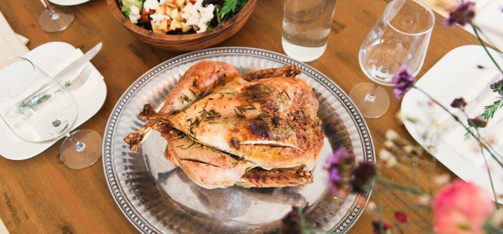 Liha jäi eilsest söömaajast liiga palju üle? Valmista sellest näiteks üks toekas nuudliroog või hoopis salat!