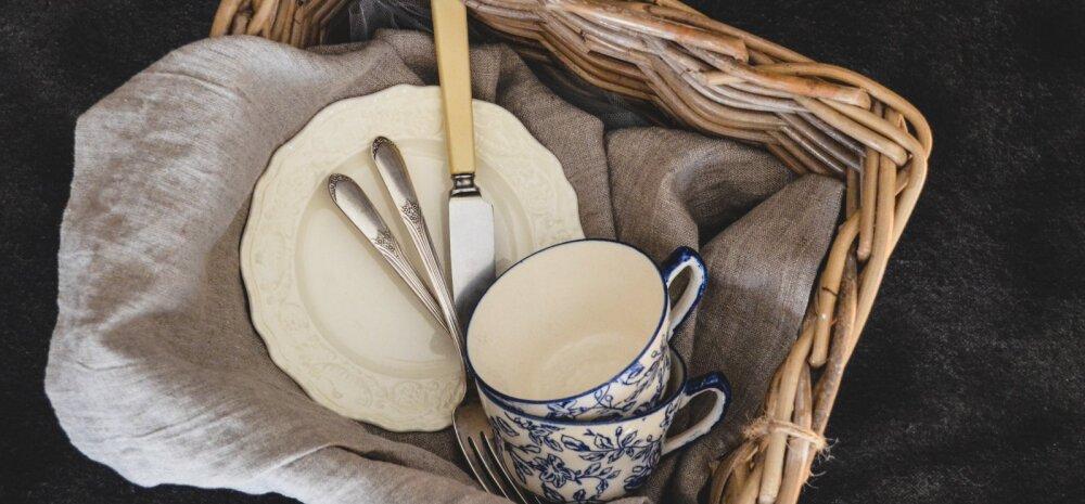 Почему опасно заменять средство для мытья посуды жидким мылом?
