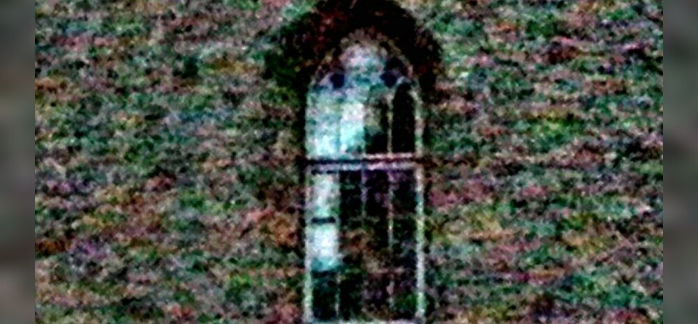 FOTOD: Haapsalu lossi kummitus Valge daam näitas oma nägu