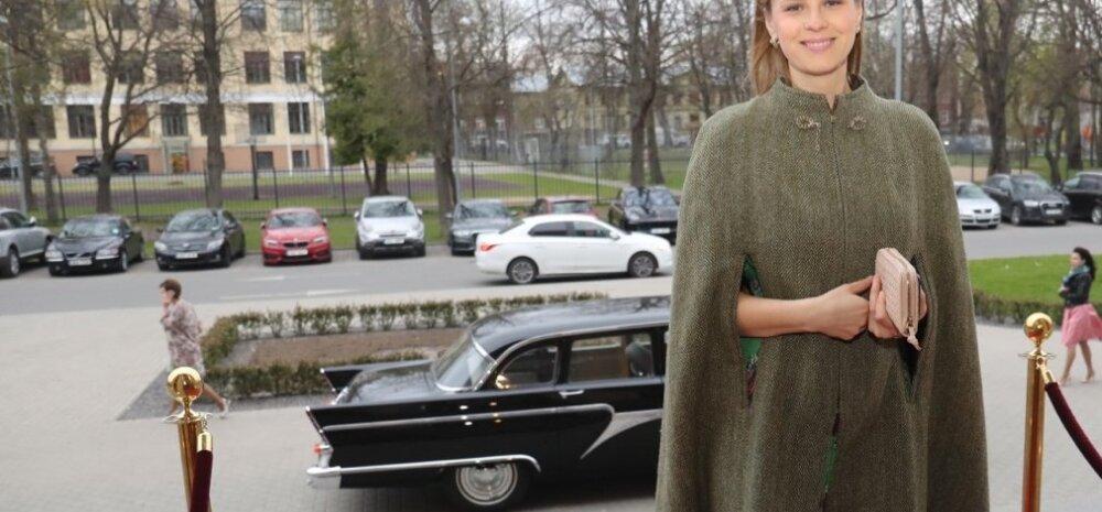 FOTO: 11 000 eurot ehk kleit, kott, keep ja kingad! Kas saatejuht Katrin Lusti riietus oli Kroonika peo kalleim?