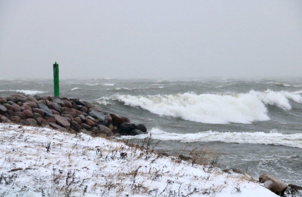 Jaanuaritorm Saaremaa sadam